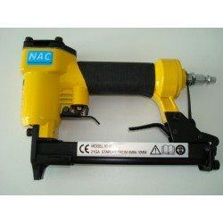 Grapadora neumática para grapa tipo 80 de 6 a 16 mm.