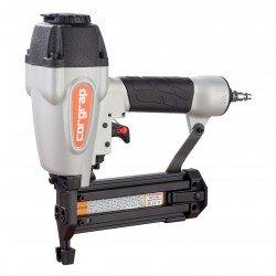 Clavadora especial para rodapie a utilizar con clavo acero de 1,8 mm.