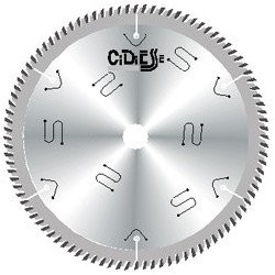 Sierra circular de 350 mm. para el corte de molduras y tableros